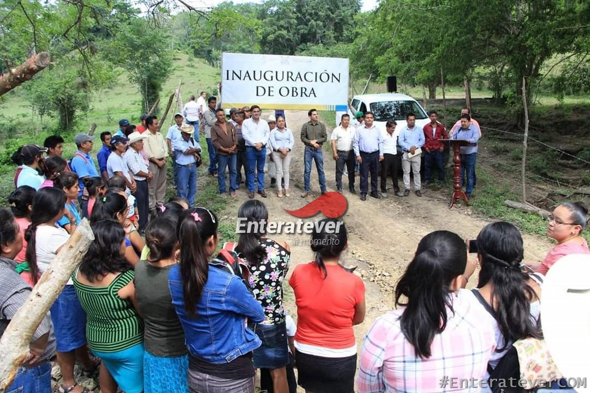 Inaugura puente de acceso vehicular en Cerro Grande Adolfo Ruiz Cortines - Enteratever