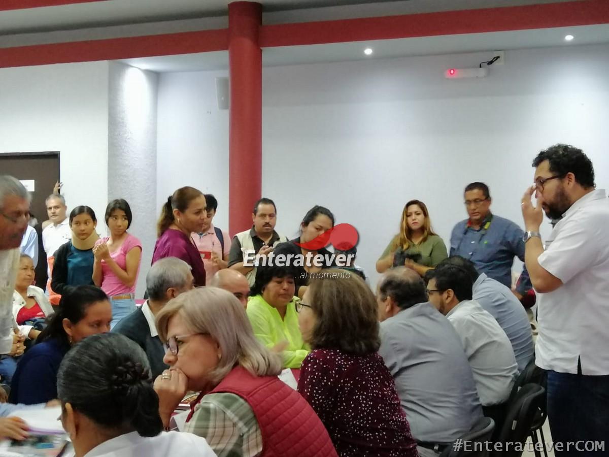 Intimida Beatriz Bonilla a reporteros en Poza Rica